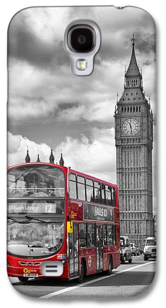 London - Houses Of Parliament And Red Bus Galaxy S4 Case by Melanie Viola