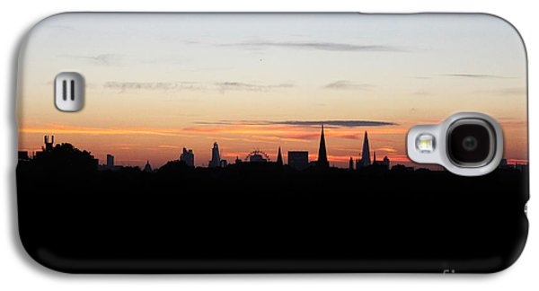 Rare Moments Galaxy S4 Cases - London Skyline Sunrise Galaxy S4 Case by Graeme Voigt