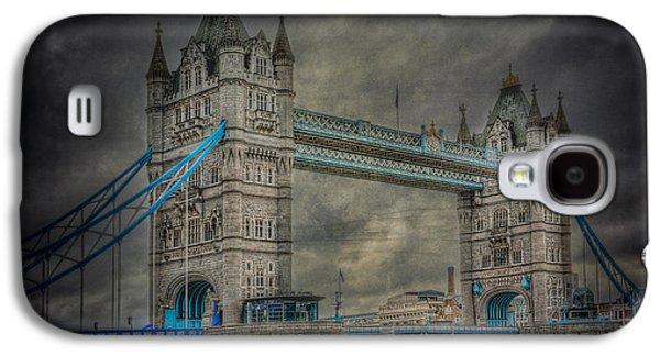 River Scenes Photographs Galaxy S4 Cases - London Tower Bridge Galaxy S4 Case by Erik Brede