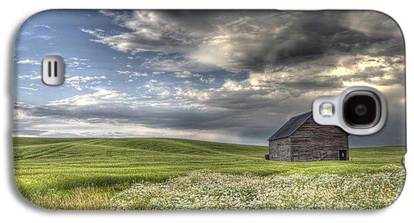 Contour Farming Galaxy S4 Cases - Lone Barn  Galaxy S4 Case by Latah Trail Foundation