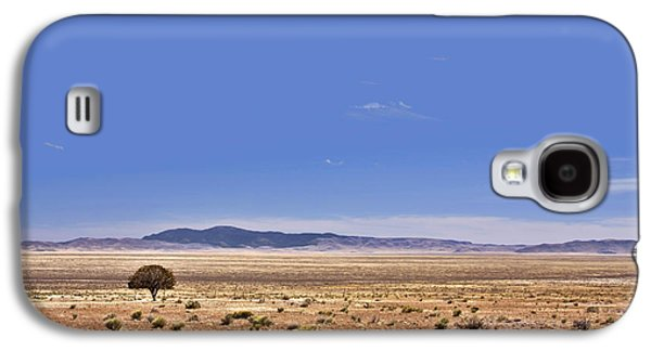 Scenic Drive Galaxy S4 Cases - Lone Tree in the Black Hills Galaxy S4 Case by Christine Till