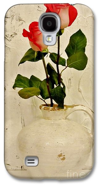 Long Stemmed Red Roses In Pottery Galaxy S4 Case by Marsha Heiken