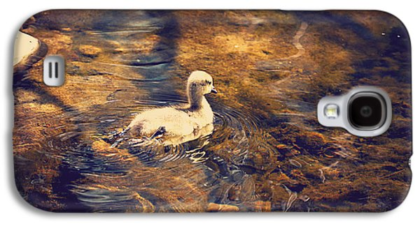 Geese Digital Art Galaxy S4 Cases - Looking For Mom Galaxy S4 Case by Maria Angelica Maira