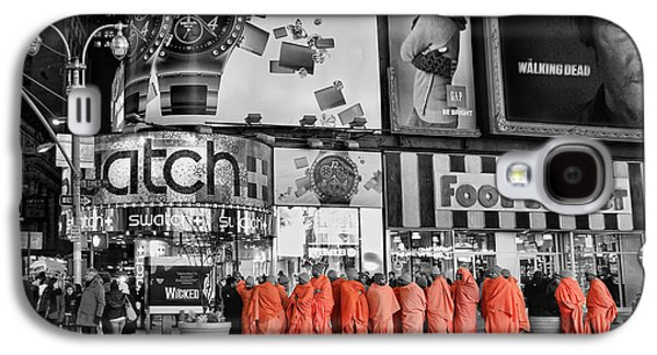 Tibetan Buddhism Galaxy S4 Cases - Lost in Times Square Galaxy S4 Case by Lee Dos Santos