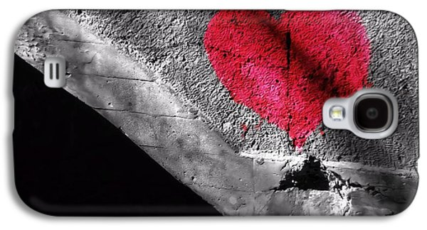 First Love Galaxy S4 Cases - Love Under The Bridge Galaxy S4 Case by Dan Sproul