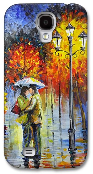 Lamp Post Mixed Media Galaxy S4 Cases - Lovers in the rain Galaxy S4 Case by Harry Speese