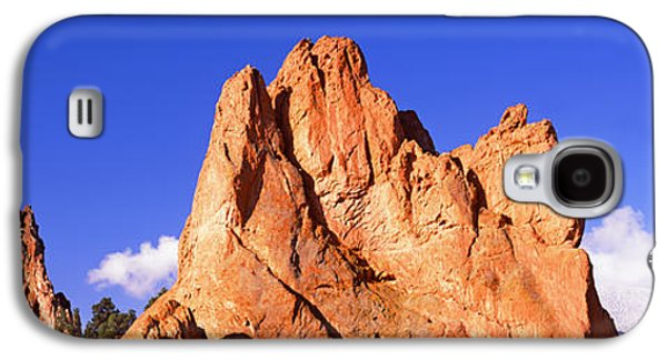 Garden Scene Galaxy S4 Cases - Low Angle View Of Rock Formations Galaxy S4 Case by Panoramic Images