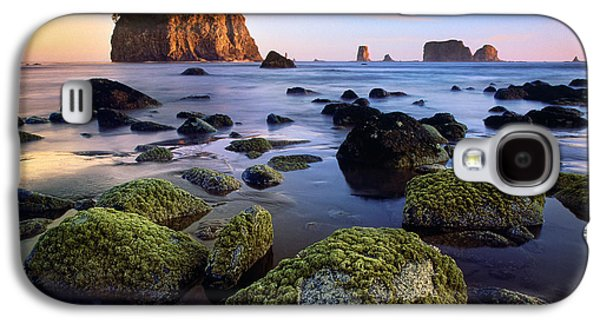 Harmonious Galaxy S4 Cases - Low Tide at Second Beach Galaxy S4 Case by Inge Johnsson