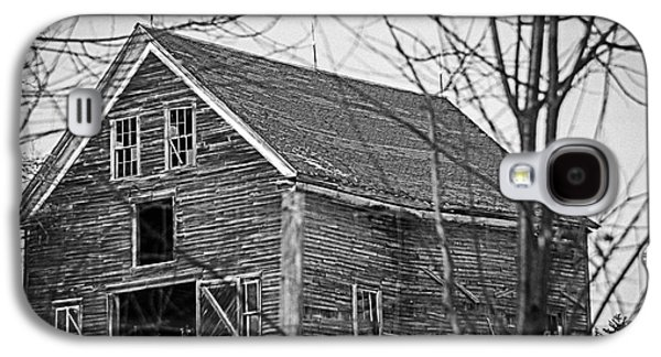 Old Maine Barns Galaxy S4 Cases - Maine Barn Galaxy S4 Case by Alana Ranney