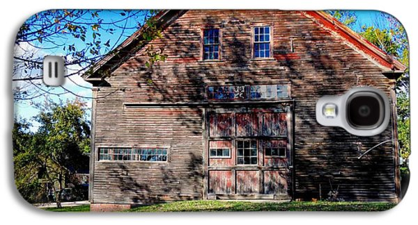 Old Maine Barns Galaxy S4 Cases - Maine Barn Galaxy S4 Case by Marcia Lee Jones