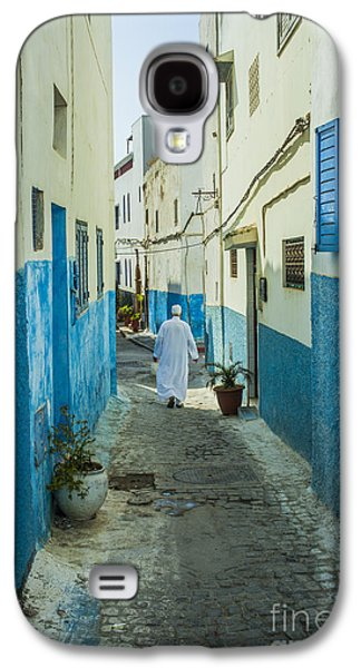 Rabat Photographs Galaxy S4 Cases - Man in white djellaba walking in medina of Rabat Galaxy S4 Case by Patricia Hofmeester