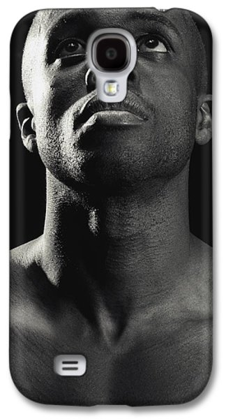 Contemplative Photographs Galaxy S4 Cases - Man Looking Up Galaxy S4 Case by Darren Greenwood