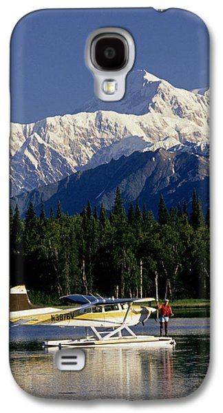 Quiet Time Photographs Galaxy S4 Cases - Man Spin Fishing On Lake From Galaxy S4 Case by Jeff Schultz