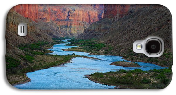 Grand Canyon Photographs Galaxy S4 Cases - Marble Canyon Rafters Galaxy S4 Case by Inge Johnsson