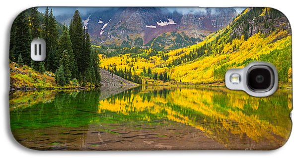 Landscapes Photographs Galaxy S4 Cases - Maroon Bells Reflection Galaxy S4 Case by Inge Johnsson
