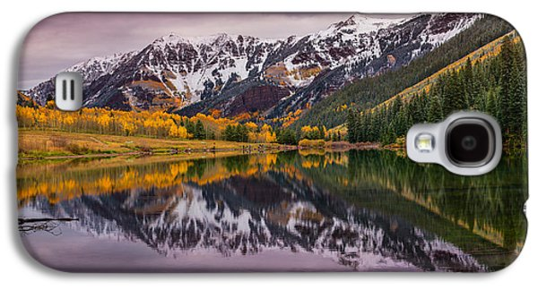 Landscape Acrylic Prints Galaxy S4 Cases - Maroon Lake Galaxy S4 Case by Darren  White