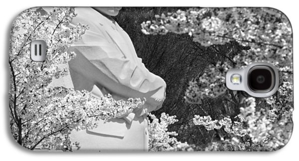 Cherry Blossoms Digital Art Galaxy S4 Cases - Martin Luther King Memorial through the Blossoms Galaxy S4 Case by Mike McGlothlen