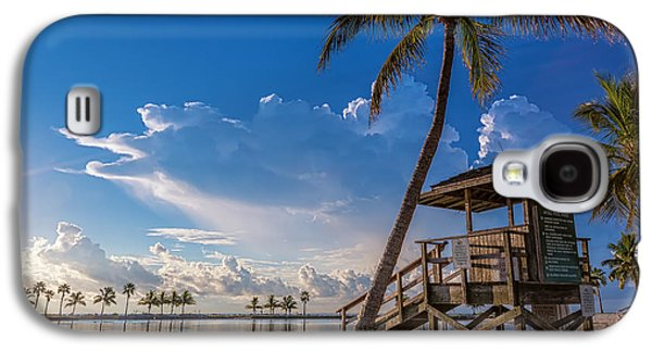 Life Photographs Galaxy S4 Cases - Matheson Hammock Park Atoll Galaxy S4 Case by Andres Leon