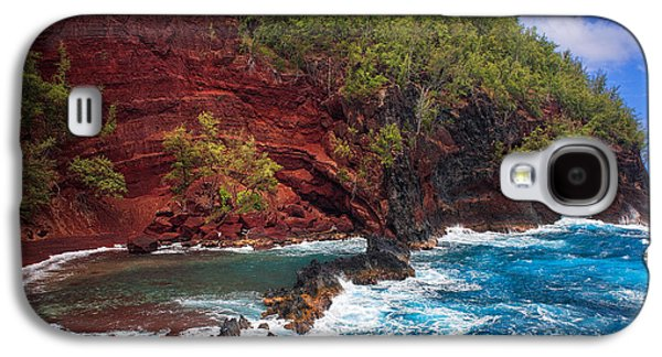 Wavy Galaxy S4 Cases - Maui Red Sand Beach Galaxy S4 Case by Inge Johnsson