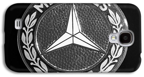 Transportation Photographs Galaxy S4 Cases - Mercedes-Benz 190SL Emblem Galaxy S4 Case by Jill Reger