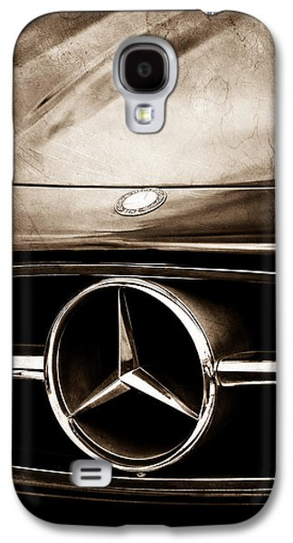 Car Photographs Galaxy S4 Cases - Mercedes-Benz Grille Emblem Galaxy S4 Case by Jill Reger