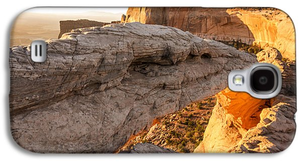 Landmarks Photographs Galaxy S4 Cases - Mesa Arch Sunrise 6 - Canyonlands National Park - Moab Utah Galaxy S4 Case by Brian Harig