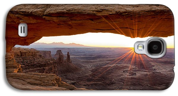 Light Photographs Galaxy S4 Cases - Mesa Arch Sunrise - Canyonlands National Park - Moab Utah Galaxy S4 Case by Brian Harig