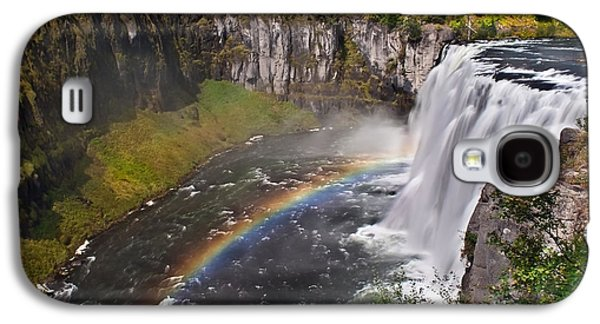 Haybale Photographs Galaxy S4 Cases - Mesa Falls Galaxy S4 Case by Robert Bales