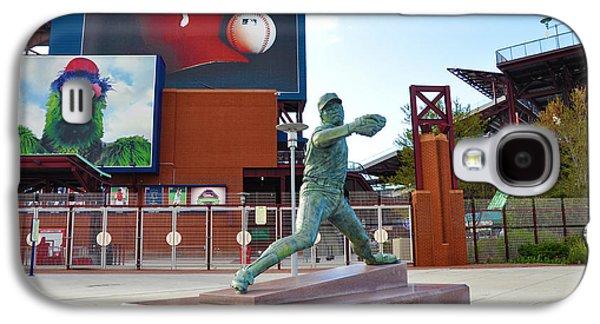 Philadelphia Phillies Stadium Galaxy S4 Cases - Steve Carlton Statue - Phillies Citizens Bank Park Galaxy S4 Case by Bill Cannon