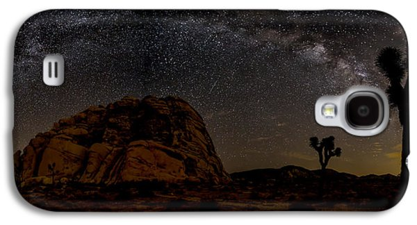 Astrophotography Galaxy S4 Cases - Milky Way over Joshua Tree Galaxy S4 Case by Peter Tellone