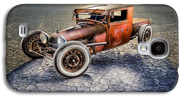 Rusted Cars Galaxy S4 Cases - Millers Chop Shop 1929 Model A Truck Galaxy S4 Case by Yo Pedro