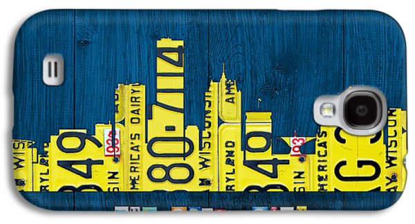Buildings Mixed Media Galaxy S4 Cases - Milwaukee Wisconsin City Skyline License Plate Art Vintage on Wood Galaxy S4 Case by Design Turnpike