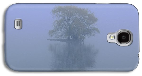 Misty Morning At Jamaica Pond Galaxy S4 Case by Juergen Roth