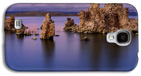 Californian Galaxy S4 Cases - Mono Lake Afterglow Galaxy S4 Case by Inge Johnsson