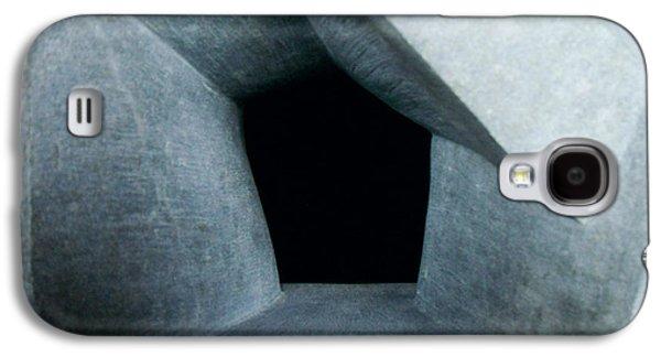 Entrances Sculptures Galaxy S4 Cases - Monolith Entrance Galaxy S4 Case by Daniel P Cronin