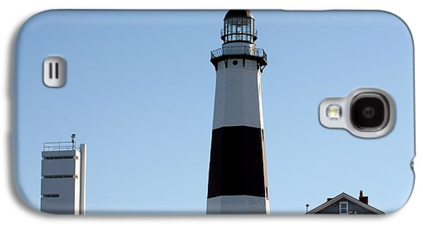 Buildings By The Ocean Galaxy S4 Cases - Montauk Lighthouse As Seen From the Beach Galaxy S4 Case by John Telfer