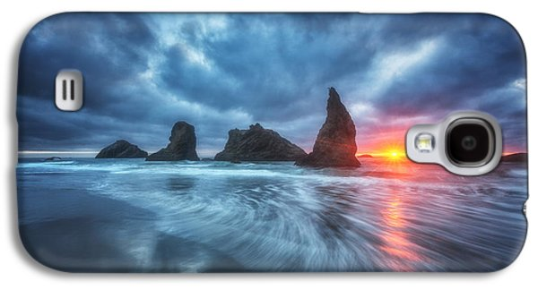Sunset Greeting Cards Galaxy S4 Cases - Moody Blues of Oregon Galaxy S4 Case by Darren  White