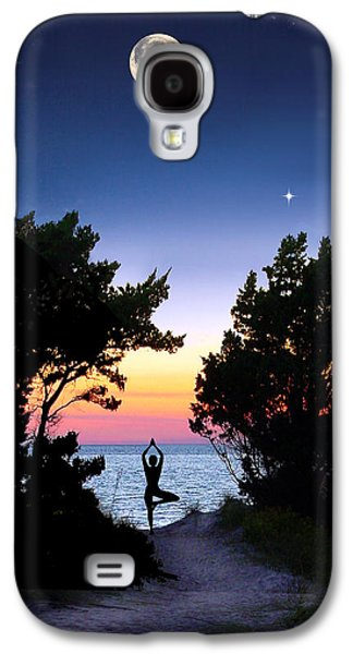 Posters Pyrography Galaxy S4 Cases - Moon Meditation Galaxy S4 Case by Kathleen Horner
