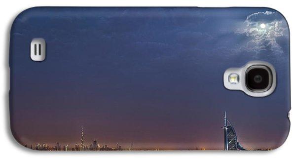 Moon Over Dubai Skyline Galaxy S4 Case by Babak Tafreshi