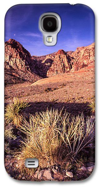 Oak Creek Photographs Galaxy S4 Cases - Moon Over Red Rock Canyon Galaxy S4 Case by Silvio Ligutti