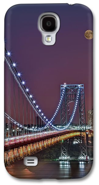 Landmarks Photographs Galaxy S4 Cases - Moon Rise over the George Washington Bridge Galaxy S4 Case by Susan Candelario