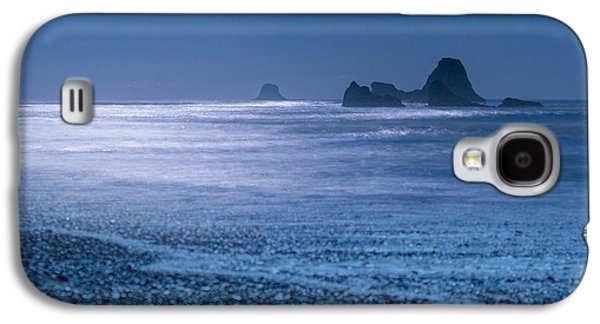 Moonlit Night Photographs Galaxy S4 Cases - Moonlight Magic Galaxy S4 Case by Gene Garnace
