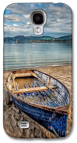 Beach Landscape Galaxy S4 Cases - Morfa Nefyn Boat Galaxy S4 Case by Adrian Evans