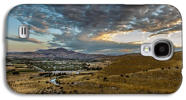 Surreal Landscape Galaxy S4 Cases - Morning Clouds Over The Valley Galaxy S4 Case by Robert Bales