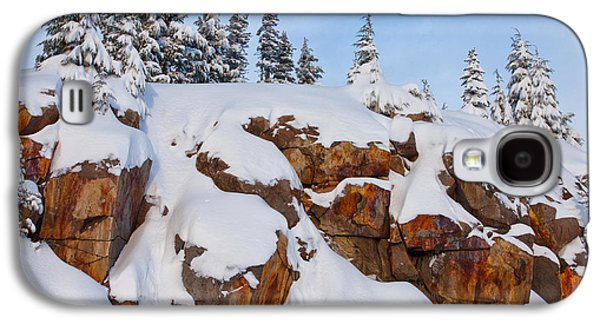 River Scenes Photographs Galaxy S4 Cases - Morning Snow Galaxy S4 Case by Darren  White