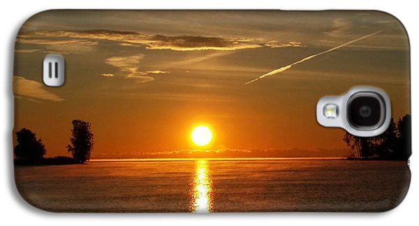 Reflection Of Sun In Clouds Galaxy S4 Cases - Morning Sun Galaxy S4 Case by Michael Rucker