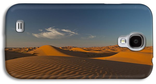 Sahara Sunlight Galaxy S4 Cases - Morocco, Sand Dune At Dusk Galaxy S4 Case by Ian Cumming