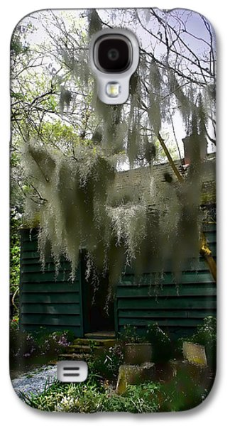 Slaves Galaxy S4 Cases - Cabin and Moss Hanging From Trees at South Carolina Plantation Galaxy S4 Case by Marty Malliton