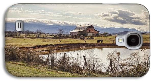 Tn Barn Galaxy S4 Cases - Mountain View Barn Galaxy S4 Case by Heather Applegate