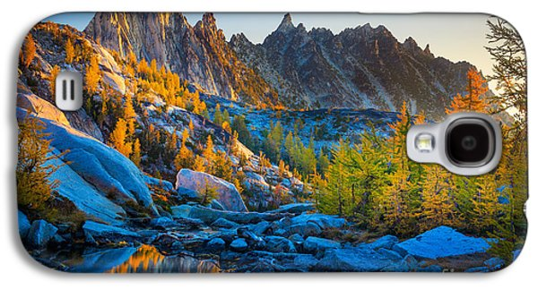 Creek Galaxy S4 Cases - Mountainous Paradise Galaxy S4 Case by Inge Johnsson